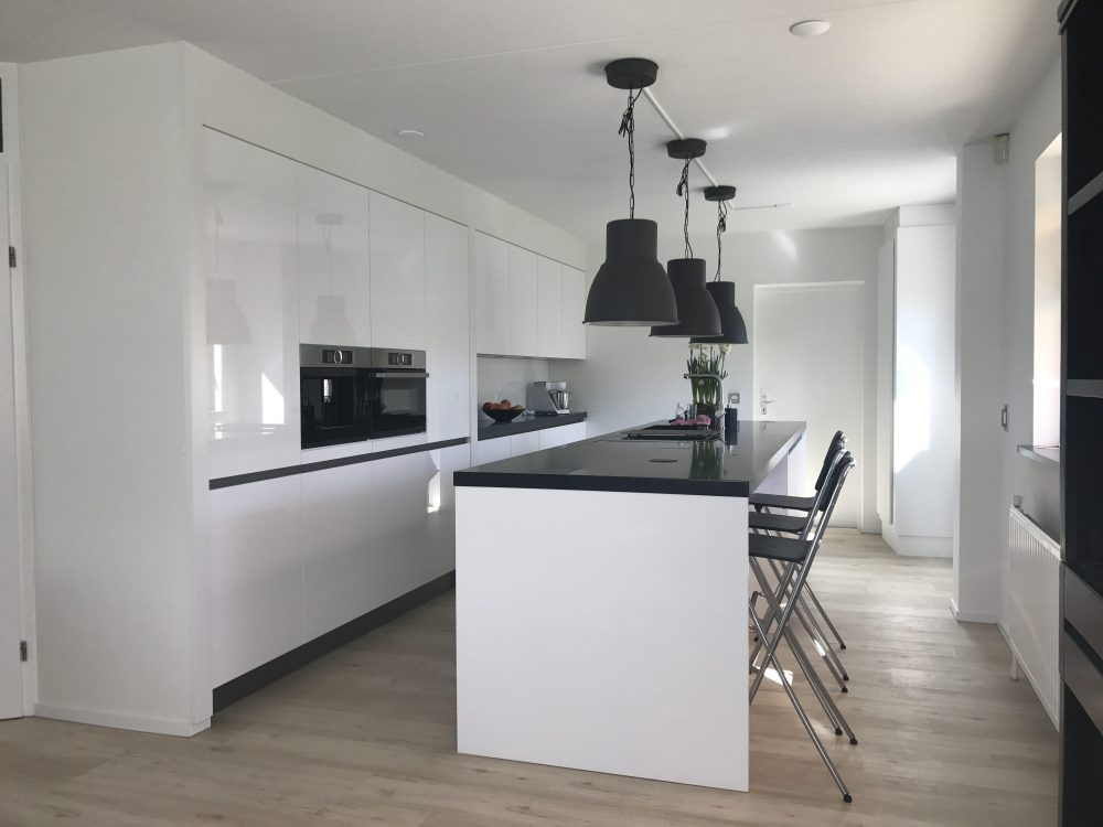 specialist keuken montage Friesland, Ronner Keukenservice keukenmontage specialist, Ronnerkeukenservice